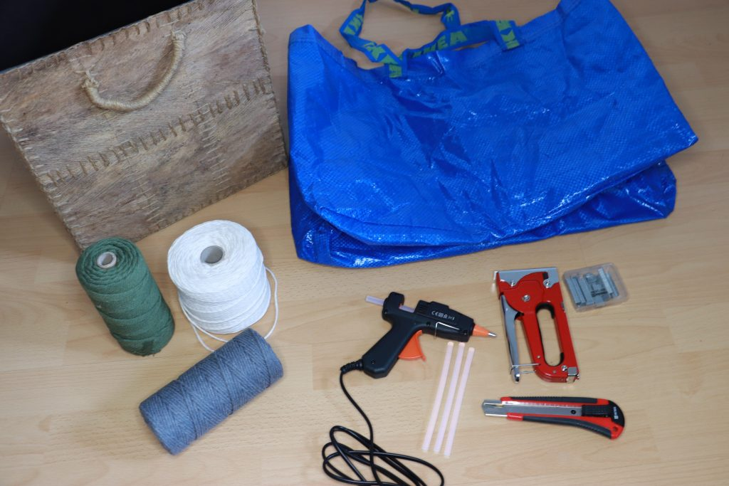 Tools and materials for the upcycling IKEA jute basket