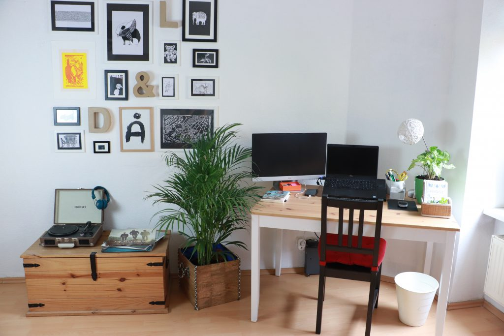 Organized and decluttered home office corner