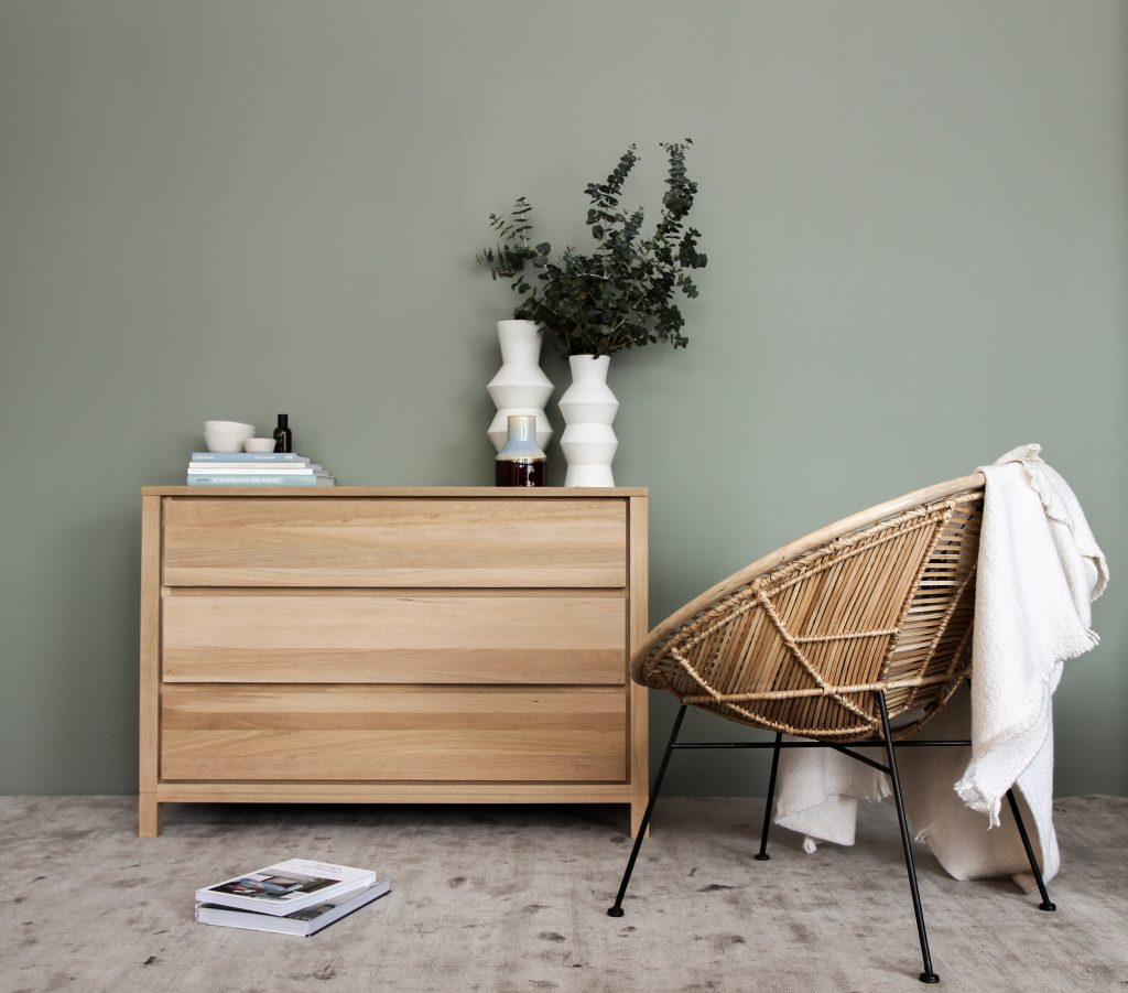 Refurbished furniture | Spruce up your home
