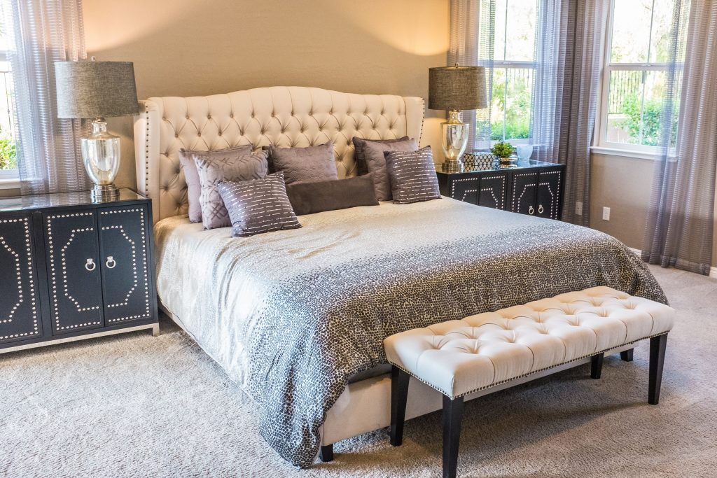 Wall-to-wall carpeting in a bedroom